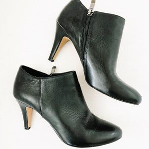 Vince Camino Booties Size 7